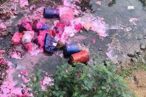 Lạng Sơn: Cắt nước sạch khẩn cấp vì chất lạ loang lổ suối đầu nguồn