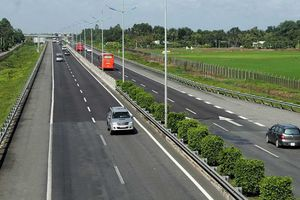Thứ trưởng Giao thông vận tải nêu 3 lý do dự án cao tốc Bắc - Nam chậm tiến độ