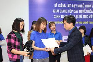 Tạo việc làm bền vững cho lao động nữ