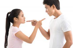 Làm gì khi tài sản chung bị chồng chuyển nhượng tặng mẹ chồng?