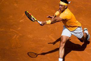 Kẻ loại Djokovic gây khó, Nadal vẫn thẳng tiến bán kết Barcelona Open