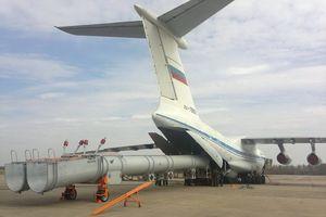 Sức mạnh của 'quả bom nước' được ném từ máy bay vận tải Il-76