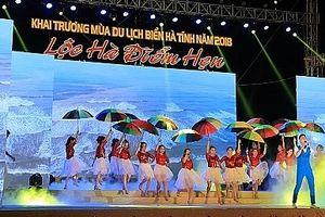 Hà Tĩnh: Tiếng trống dội vang khai trương mùa du lịch biển