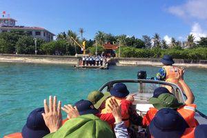 Trường Sa trên hành trình mùa biển động