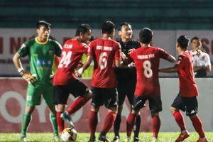 Á quân V-League thắng khó hạng nhất Long An