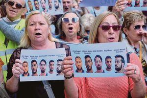 5 kẻ hiếp dâm được trắng án, 32.000 người biểu tình ở Tây Ban Nha