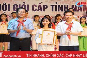 Cô bé 'hạt tiêu' giành giải nhất chỉ huy Đội giỏi cấp tỉnh