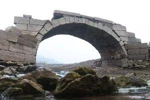 Giải bí ẩn ngôi làng bị chôn vùi dưới nước cả ngàn năm
