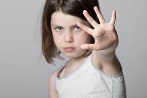 Những điều tế nhị mẹ phải dạy con trước 4 tuổi để tránh bị xâm hại