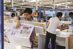 Startup Việt: Mặt phải của tấm thảm thêu