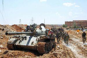 Syria tấn công kép tiêu diệt quân khủng bố ở Bắc Hama và Nam Damascus