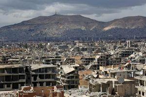 Lâm vào đường cùng, phe nổi dậy Syria tiếp tục đầu hàng