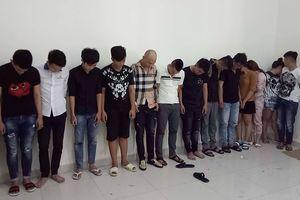 TPHCM: Bắt hàng chục người nghiện ma túy đang thác loạn nhảy múa