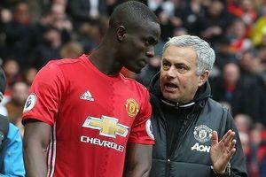 Bất ngờ với lý do Mourinho loại 'trung vệ thép' Bailly