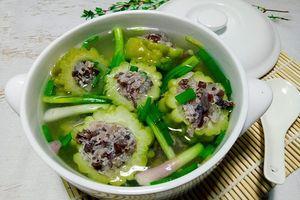 Món ăn mùa hè: 5 loại canh ngon mát thay đổi thực đơn cả tuần