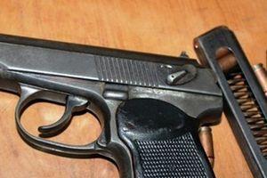 Đắk Lắk: Bắt Trung úy công an trộm súng của cơ quan đem bán