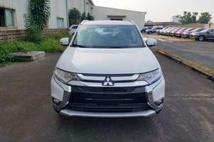 Mitsubishi Outlander bản giá rẻ 2.0 CVT bất ngờ tăng giá thêm 15 triệu đồng