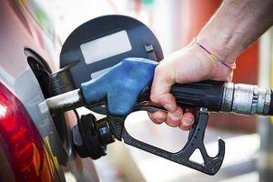Bơm xăng ô tô thường gặp những lỗi này tài xế cần biết