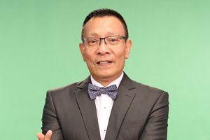 MC Lại Văn Sâm dẫn dắt gameshow trực tuyến đầu tiên tại Việt Nam