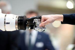 5 nước ứng dụng robot nhiều nhất thế giới