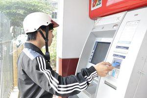 Tăng phí rút tiền ATM và chuyển khoản liên ngân hàng