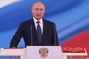Tổng thống Putin ví nước Nga hồi sinh như phượng hoàng