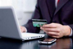 Ngân hàng 'thi nhau' tăng phí dịch vụ