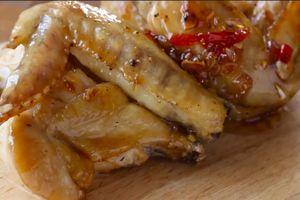 Cách làm cánh gà chiên sốt nước mắm đậm vị cho bữa tối