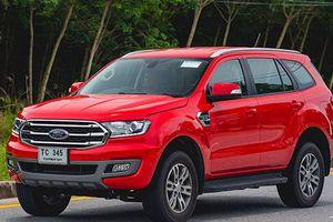Ford Everest 2018 lăn bánh tại Thái Lan, sắp về VN