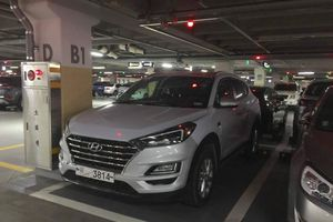 Bắt gặp chiếc Hyundai Tucson 2019 tại một bãi đậu xe