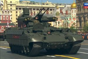 Những vũ khí lần đầu xuất hiện trong lễ diễu binh Ngày Chiến thắng
