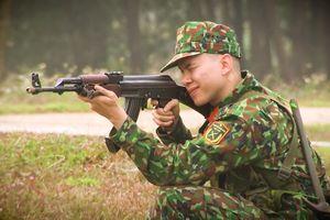 Ca sĩ Hoàng Tôn trở thành chiến sĩ trong 'Sao nhập ngũ'