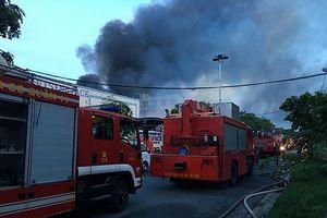 Cháy lớn tại KCN Vĩnh Lộc, huyện Bình Chánh