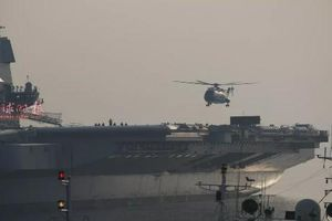 Trung Quốc 'khai trương' tàu sân bay Type 001A với trực thăng Z-18