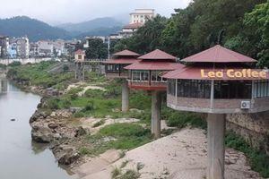 Hà Giang: Nhiều công trình có dấu hiệu xâm lấn dòng chảy sông Lô?!