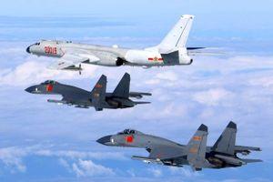 Máy bay ném bom Trung Quốc lại tập trận quanh Đài Loan