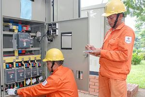 Hà Nội: Nắng nóng đầu mùa, sản lượng điện tiêu thụ đã tăng vọt