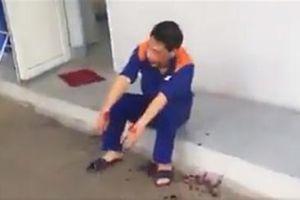 Nghi gian lận đánh nhân viên cây xăng: Còn bắt quỳ