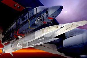 Mỹ tụt hậu trong cuộc đua tên lửa siêu siêu thanh với Nga