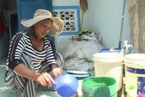 Hỏng máy lọc nước biển, dân đảo Bé thiếu nước sinh hoạt