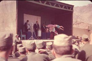 Ảnh độc về thú giải trí của lính Mỹ trong chiến tranh Triều Tiên
