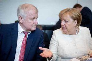 Đức: Bộ trưởng Nội vụ Horst Seehofer sẽ từ chức Chủ tịch CSU