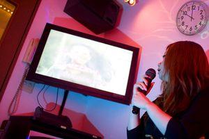 Philippines: Sẽ cấm hoạt động karaoke sau 22h