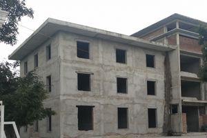 Những ẩn số về 'ngôi nhà hoang' trước trụ sở Thành ủy TP Vinh