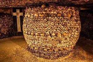 Bí mật rùng rợn về hầm mộ Paris 'ma mị' nhất thế giới