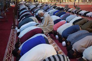 Tín đồ Hồi giáo khắp thế giới bước vào tháng ăn chay Ramadan