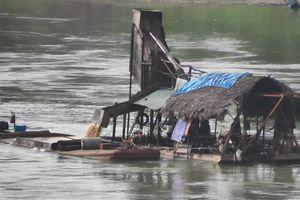 Tuyên Quang: 'Cát tặc' lộng hành trên sông Lô!