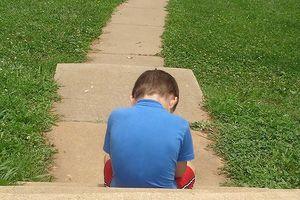 Biện pháp chăm sóc tốt nhất cho trẻ tự kỷ tại nhà