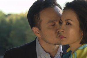 Chi Bảo nối lại cuộc tình với Thanh Mai sau hơn 30 năm gián đoạn