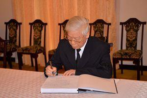 Lãnh đạo Đảng, Nhà nước ghi sổ tang viếng nguyên Thủ tướng Phan Văn Khải